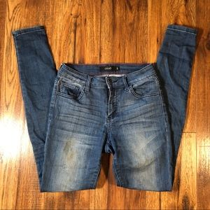 Cello medium wash jeans size 3